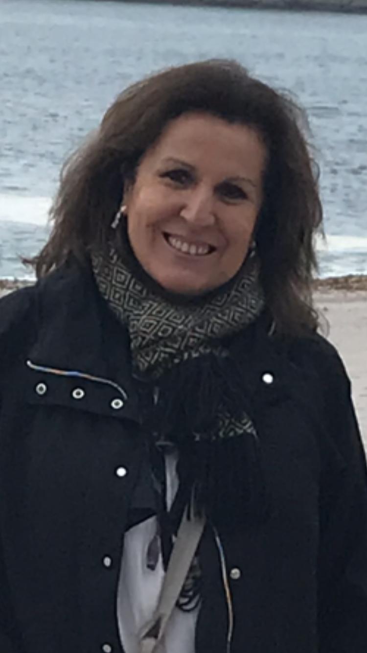 Ana María Barra Salazar